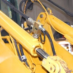 Your Machinery Works Hard – Our Affordable Fleet Services Keep Them Going